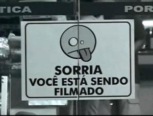 SORRIA VOCÊ ESTÁ SENDO FILMADO – O Trailer
